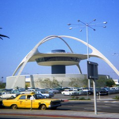 LAX Theme Building (Andy961) Tags: california ca building film architecture vintage losangeles theme lax googie kodacolor 126 1965 midcenturymodern internationalairport lahcm hcm570
