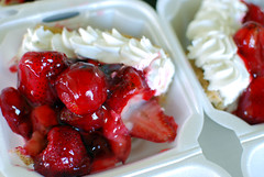 strawberry pie!! (jslander) Tags: pie losfeliz houseofpies pecanpie cherrypie strawberrypie lemonmeringuepie peachpie