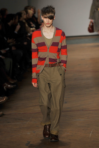 Charlie France3211_FW10_NY_Marc by Marc Jacobs(coutorture.com)