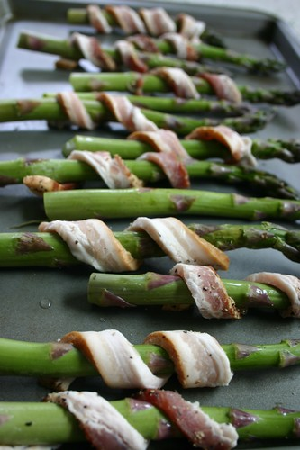 Bacon shawls on the asparagus