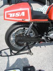 BSA Rocket 3 Ron Chandler (gueguette80 ... non voyant pour une dure indte) Tags: old bike trophy british tt triple racer motos bsa motorrad anciennes terroir anglaises rocket3 ricket airaites