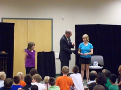 ys-srp-kick-off 015 (eg_library) Tags: magician summerreadingprogram eastgreenbushlibrary jimsnack