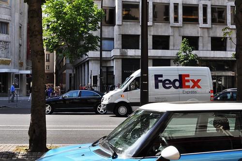 Ici et là bas, FedEx