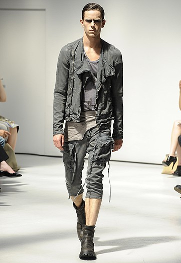 Jeremy Young3262_SS11_Paris_Julius(WWDom)