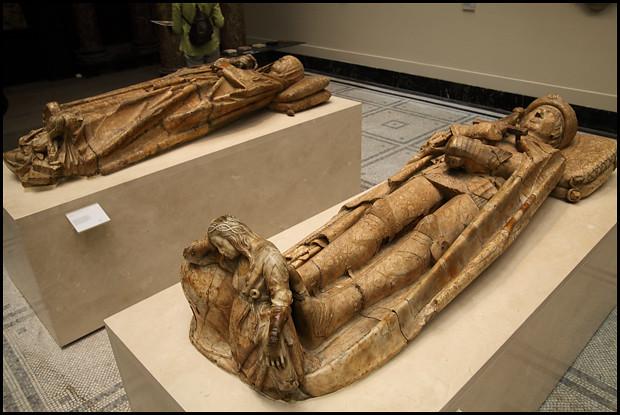 statue-mummie