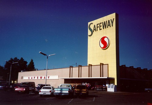 "safeway-large • <a style=""font-size:0.8em;"" href=""http://www.flickr.com/photos/18435608@N00/4760661817/"" target=""_blank"">View on Flickr</a>"