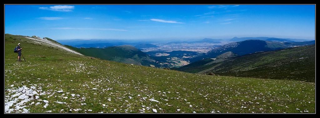 Pamplona desde los Rasos de Andía