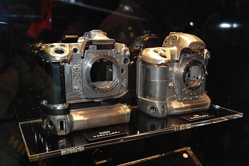 Nikon D300 vs Nikon D3 chassis