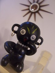 Dakko Chan Doll (Black-Afro) Tags: vintage kitsch retro midcentury mcm blacklady retroliving vintagefigurine dakkochandoll kitschfigurine afrofigurine 50sfigurine 60sfigurine midcenturyfigurine