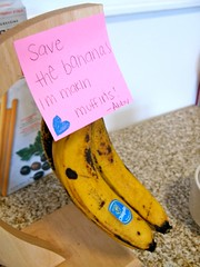 old bananas = banana nut muffins