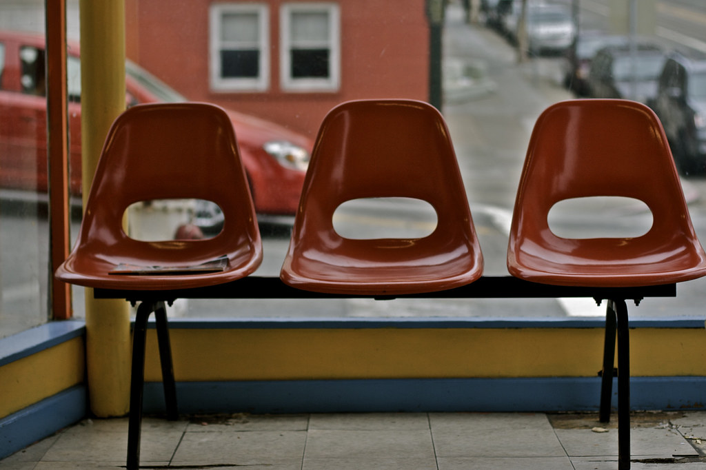 Three Red Laundromat Chairs (Generik11) Tags: Sf Red Chairs Sofafree  Laundromat Sfist Laundromatchairs