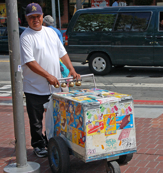 ice-cream-vendor-face.jpg