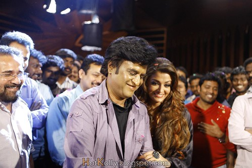 Endhiran: Rajinikanth, Aishwarya Rai, cast and crew