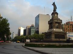 Skyline de Paseo de la Reforma (felipaopsp93) Tags: ciudaddemexico rascacielos torremayor paseodelareforma ciudaddeméxico torrelibertad monumentoacuitlahuac