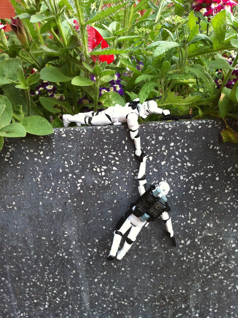 mini_stormtroopers_1