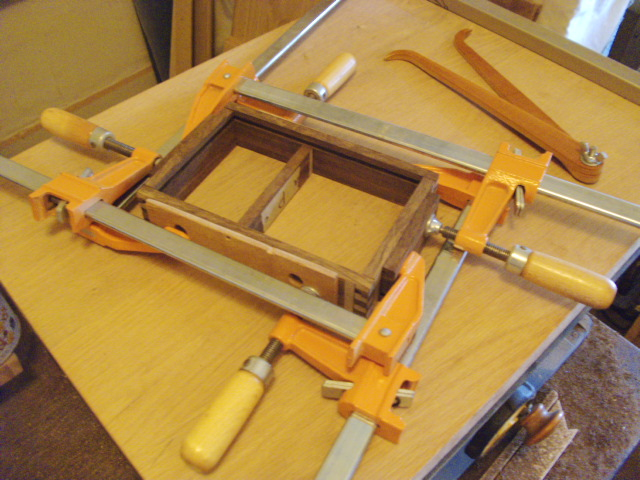 Clamped tray...