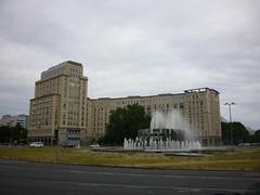 Strausberger Platz (Mr. Akwekwe) Tags: modernism stalinist architectureanddesign