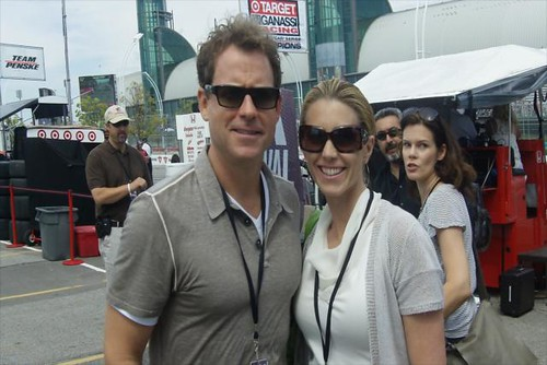 Greg Kinnear with his wife