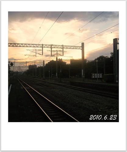 100623-清晨的左營車站