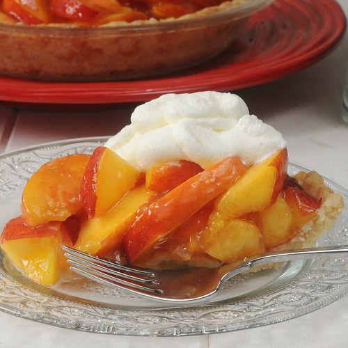fresh peach pie_slice