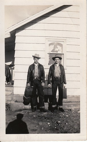 Melvin and Gordon Cave, hittin' the road circa 1948.