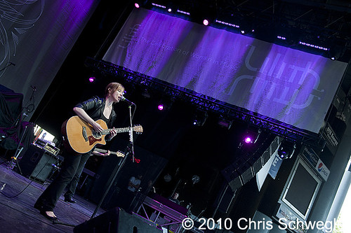 Suzanne Vega - 07-21-10 - Lilith Tour, DTE Energy Music Theatre, Clarkston, MI