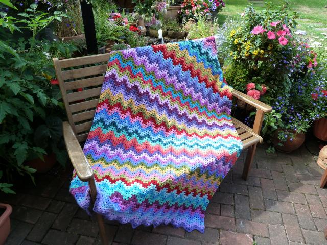 Ravelry: Granny Ripple Afghan pattern by Janet Jarosh