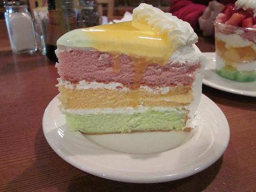 King's Hawaiian Restaurant - Paradise Cake and Parfait