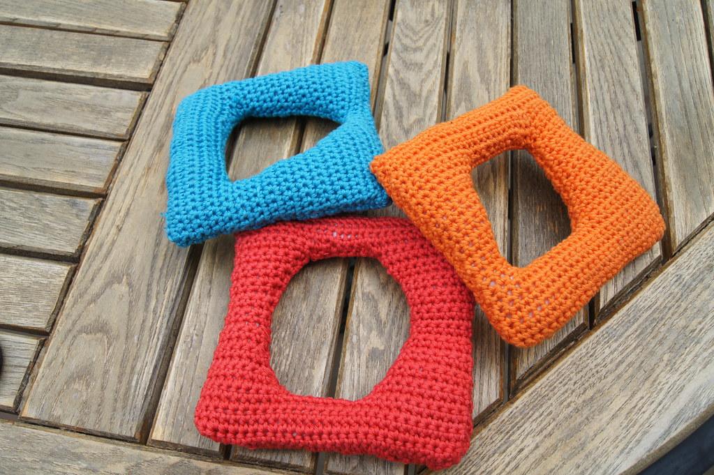 Crochet shape sorter