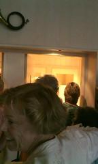 In de rij voor t toilet, dochterlief moet plassen #blaastrainingdoen #popweekend #schagen