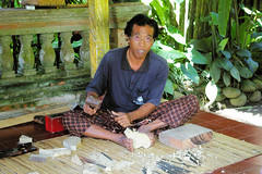 Master Carver in Ubud (cwgoodroe) Tags: bali chicken blanco birds museum indonesia dancers rice feathers statues peacock carvings patties ubud legong paddies padies