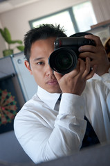 201.365 - Get a grip! (Josh Liba) Tags: portrait me self project blog nikon battery gear sp 365 grip tutorial selfie batterygrip d90 d80 sooc mbd80 201365 joshlibacom