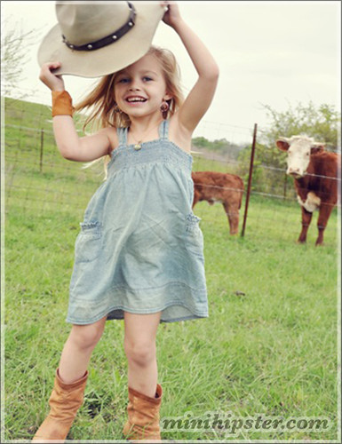 Evangeline. MiniHipster.com: children's childrens clothing trends, kids street fashion, kidswear lookbook