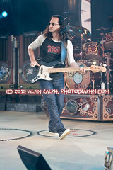 Rush (PhotographN.com) Tags: rush mountainview geddylee alexlifeson shorelineamphitheater neilpeart timemachinetour