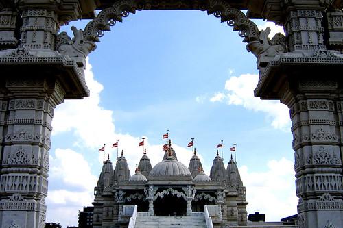 BAPS Shri Swaminarayan Mandir London_15