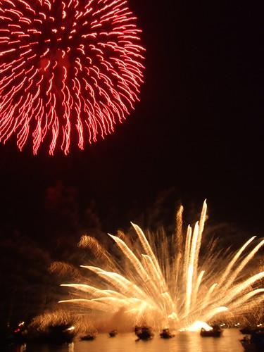 宮島水中花火大会2010 画像 動画!今年も瀬戸内の夜空に大輪の花が…!