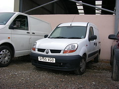 DSCN9996, SY55 VGO Renault (ronnie.cameron2009) Tags: scotland sale scottish renault vans van dingwall scottishhighlands rossshire highlandsofscotland rosscromarty auctionmart countytown humberston scottishhighalnds dingwallrosscromarty scottishhighlandsofscotland