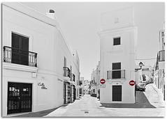 Sin direccin / No directin (Antonio Carrillo (Ancalop)) Tags: white black canon town village andalucia bn tokina cadiz vejer ancalop