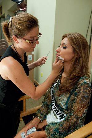Tara Vaitiere Hoyos, Miss Great Britain 2010, has her make up done