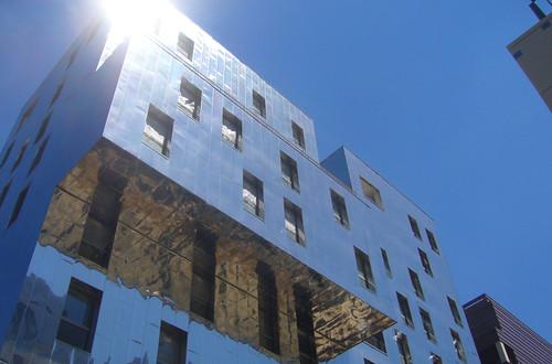 immeuble miroir Lyon par agayfriday licence cc