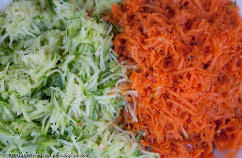 zucchini carrot muffins-1