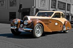 Traffic in SLO Town -  Type 57 Antlante Bugatti (Steve Corey) Tags: type bugatti 57 americanbugatticlub 2010internationalbugattirally antlante