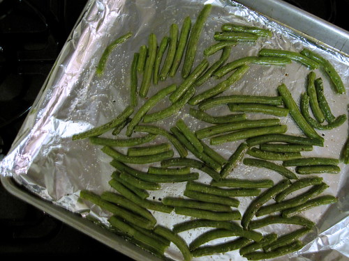 green beans, ready to roast