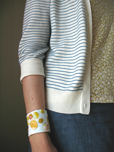 Dottie yellow on