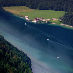 A bird's eye view of St. Bartholom (Bn) Tags: lake germany bavaria berchtesgaden topf50 vertigo kings fjord hikers paragliding thealps topf100 bluelake topf200 paragliders verticalpanorama knigssee stbartholom 100faves 50faves 200faves nationalparkberchtesgaden jennerbahn berchtesgadennationalpark germanbavarianalps southofgermany schnauamknigssee berchtesgadenalps cleanestlakeingermany stretchesabout77km formedbyglaciers nearborderwithaustria jennermountaintop1870m picturesquesetting sheerrockwalls playaflugelhorn steeplyrisingflanksofmountainsupto2700m hikingtrailsupthesurroundingmountains royalmountainexperience thebreathtakingalpinemountainsoftheknigssee