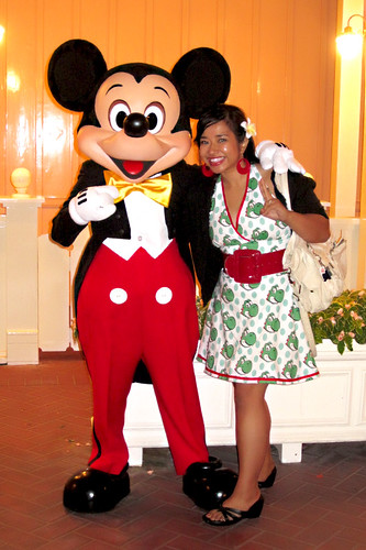 Yoshi Dress in the wild with Mickey!