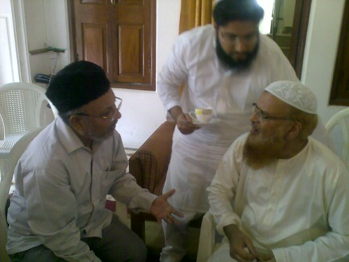 Mufti Taqi Usmani Pictures With Mufti Taqi Usmani
