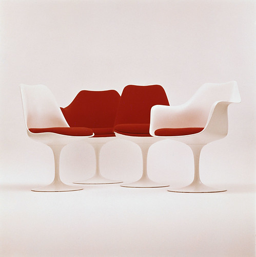Tulip Chairs von Eero Saarinen