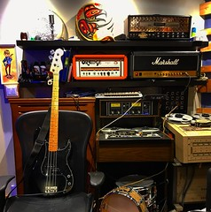 Hangin' Out (Pennan_Brae) Tags: guitaramps guitaramp amplifiers amps mesaboogie marshallamp precisionbass fenderguitar guitar fenderbass fender bassguitarist bassist recordingsession recordingstudio recording musicphotography musicstudio amplifier bassguitar