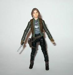 jyn erso - sergeant jyn erso - jedha star wars the black series 6 inch action figures 2016 red packaging the force awakens #22 rogue one o (tjparkside) Tags: sergeant jyn erso jedha rebel star wars sw tbs black series 6 six inch action figure figures hasbro 2016 rogue 1 one story alliance number 22 twenty two red package disney scarf cloak hood blaster holster jacket pistol weapon r1 packaging force awakens